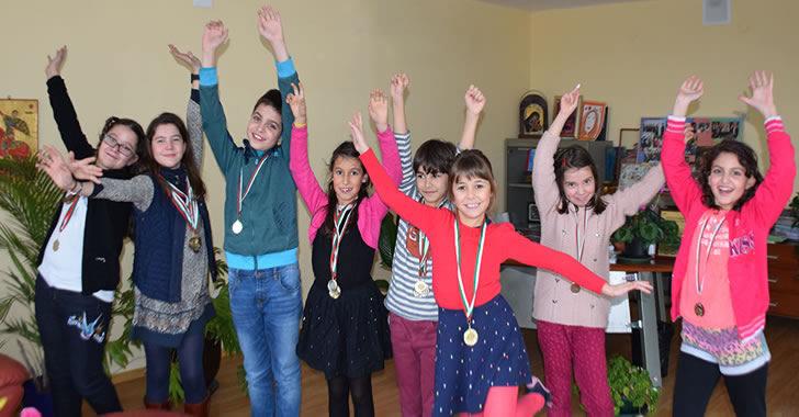 34 медала спечелиха учениците на ЕСПА на турнира Математика без граници